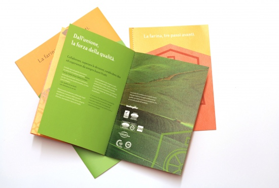 CURIOUSdesign - Cerealia - Cartellina e brochure